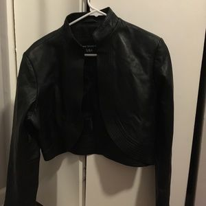 Jackets & Blazers - NWOT leather half jacket